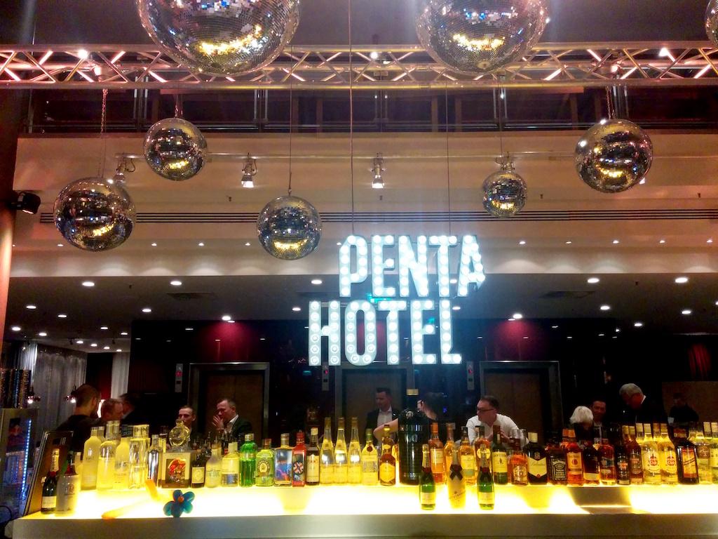 Hotel_Bar1